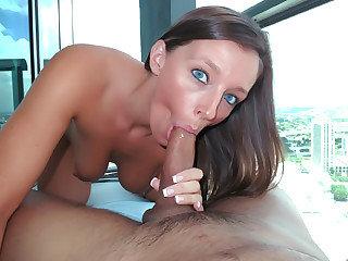 Amazing hot chick Jamie Jackson sucks and fucks a hard cock